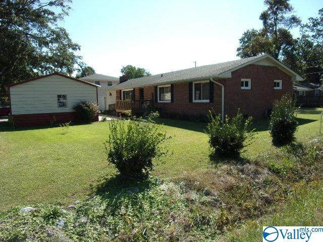 1419 5th Avenue, Athens, AL 35611 (MLS #1791901) :: Green Real Estate