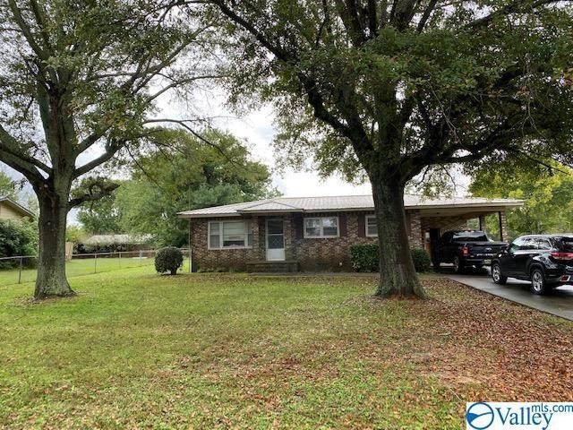 101 Meadowbrook Drive, Albertville, AL 35951 (MLS #1792720) :: Green Real Estate