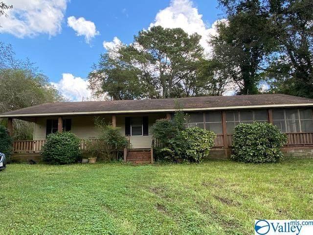 910 Davis Road, Albertville, AL 35951 (MLS #1792943) :: Green Real Estate