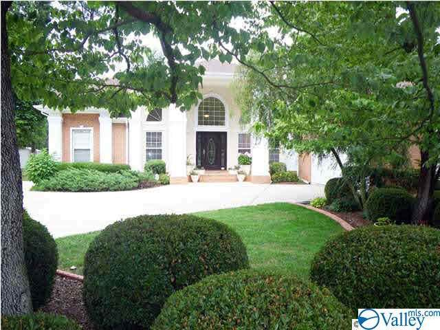 1704 Pinewood Court, Huntsville, AL 35806 (MLS #1793771) :: Amanda Howard Sotheby's International Realty