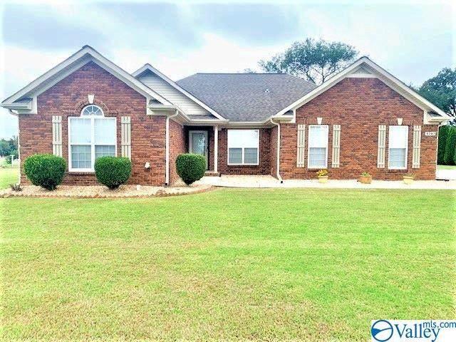 9287 Moores Mill Road, New Market, AL 35761 (MLS #1793782) :: Green Real Estate