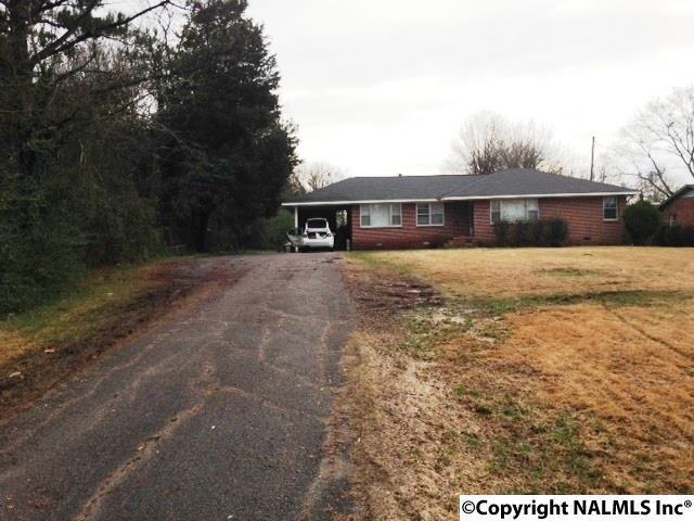 222 W Grand Avenue, Rainbow City, AL 35906 (MLS #1035005) :: Intero Real Estate Services Huntsville