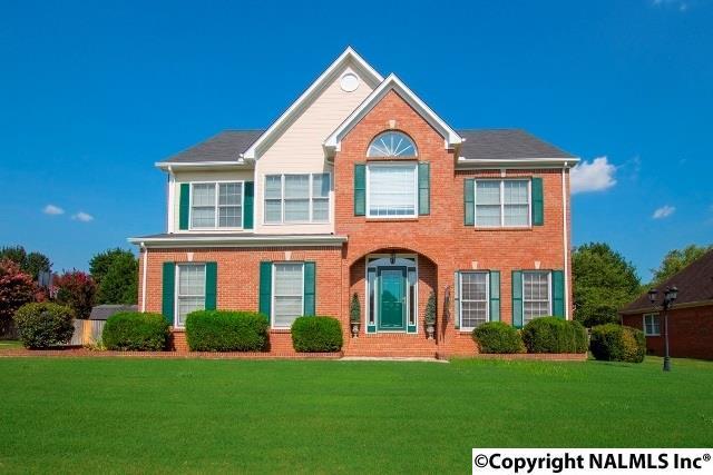 109 Silverthorne Drive, Huntsville, AL 35806 (MLS #1074972) :: Intero Real Estate Services Huntsville