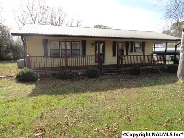46 Green Street, Scottsboro, AL 35769 (MLS #1082564) :: Amanda Howard Real Estate™