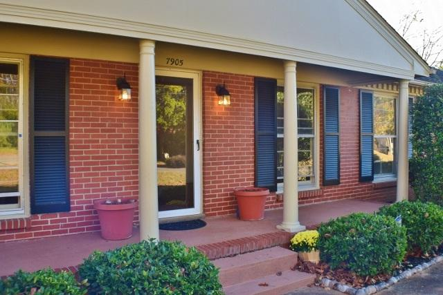 7905 Ensley Drive, Huntsville, AL 35803 (MLS #1082878) :: RE/MAX Distinctive | Lowrey Team