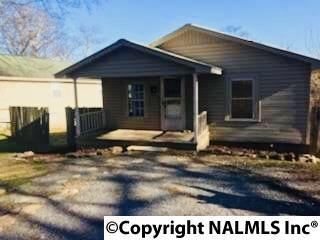 1823 Rayburn Avenue, Guntersville, AL 35976 (MLS #1087205) :: Amanda Howard Real Estate™