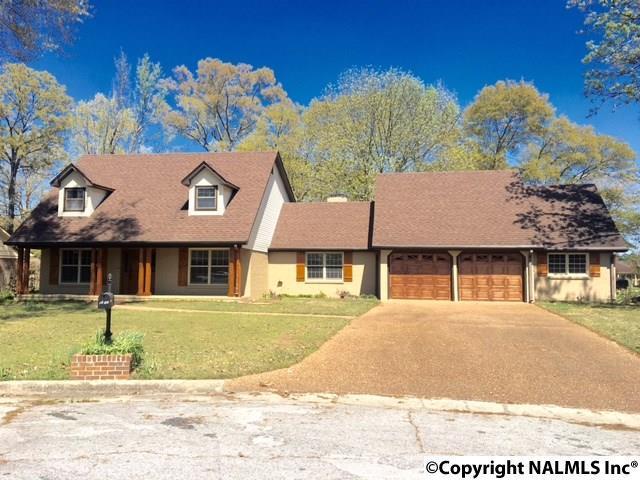 1604 Eastwood Drive, Decatur, AL 35601 (MLS #1088764) :: RE/MAX Alliance