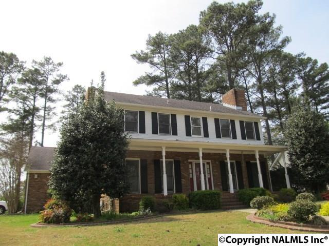 1900 Shellbrook Drive, Huntsville, AL 35806 (MLS #1089238) :: RE/MAX Alliance