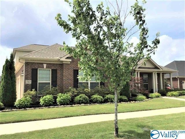 37 Wax Lane, Huntsville, AL 35824 (MLS #1120736) :: Capstone Realty