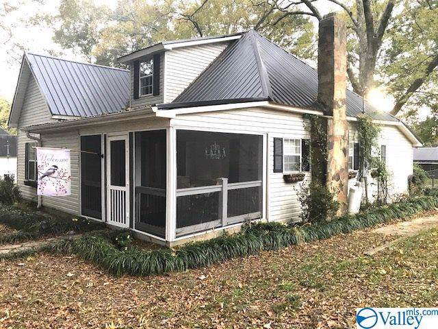 225 S Church Street, Boaz, AL 35957 (MLS #1131821) :: Capstone Realty