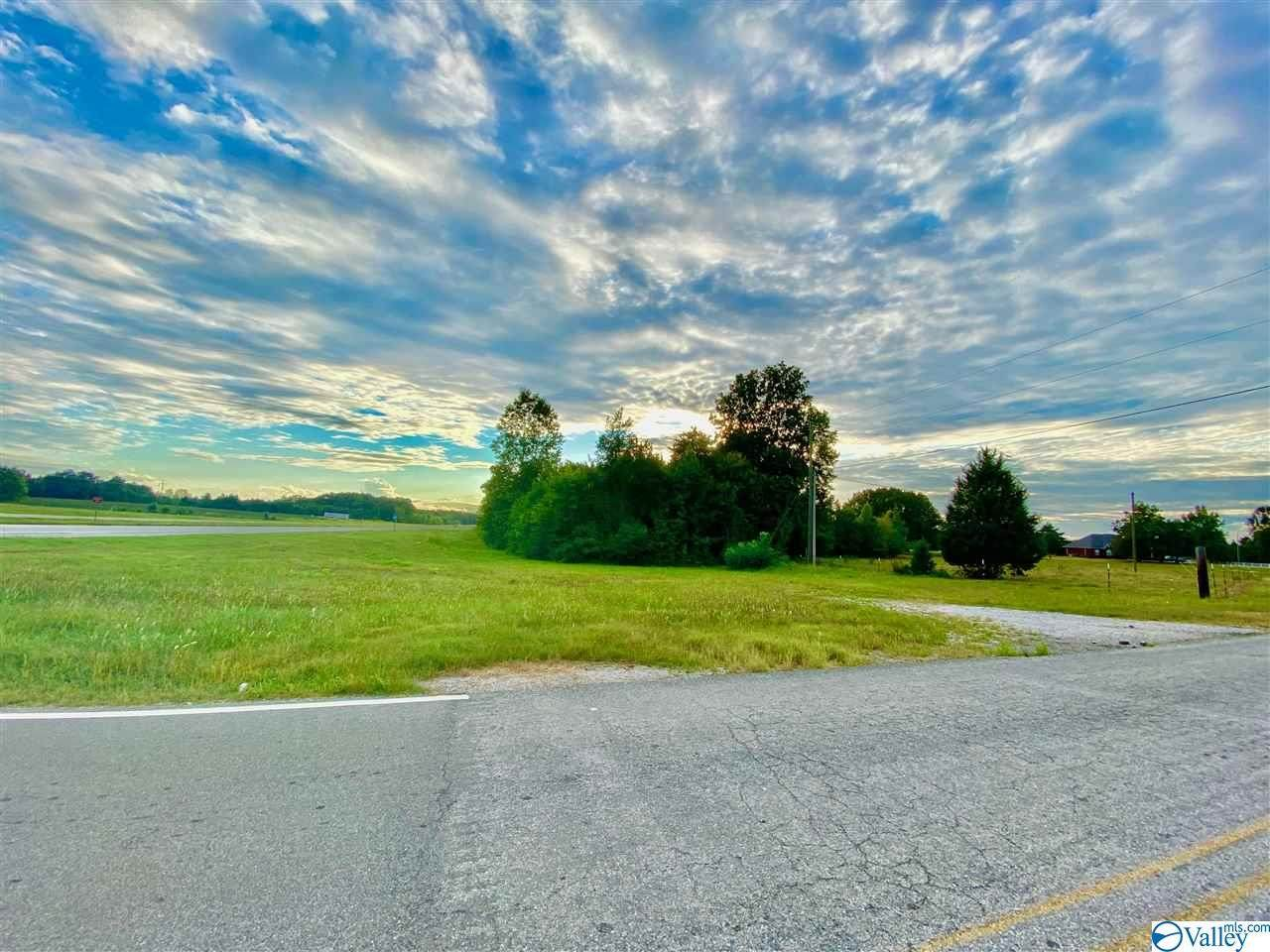 000 Alabama Highway 24 - Photo 1