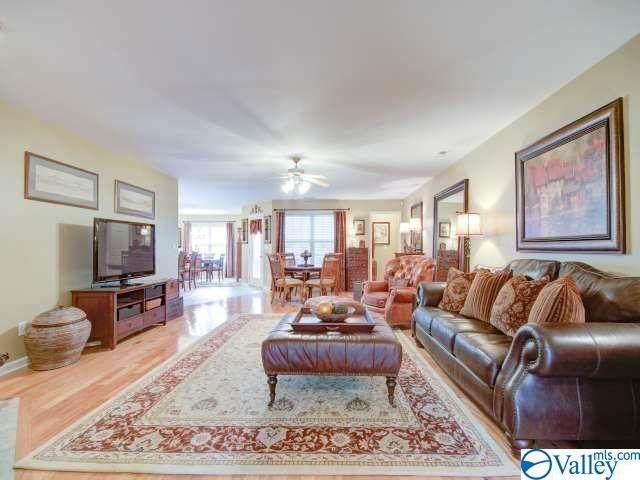 102 Harness Drive, Huntsville, AL 35806 (MLS #1791318) :: Green Real Estate