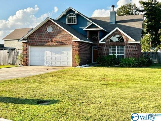 1953 S Brownstone Court, Decatur, AL 35603 (MLS #1793290) :: Coldwell Banker of the Valley