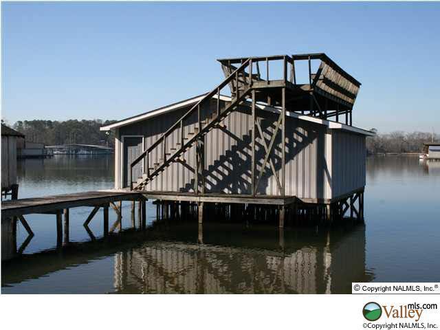 104 Pine Dale Circle, Guntersville, AL 35976 (MLS #541491) :: Amanda Howard Real Estate™