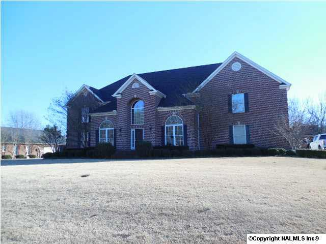 312 Fieldcrest Street, Hartselle, AL 35640 (MLS #848266) :: Intero Real Estate Services Huntsville