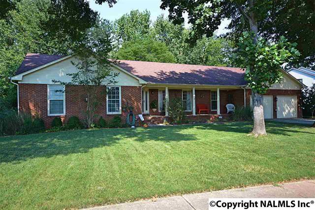 786 Cornelia Drive, Huntsville, AL 35802 (MLS #1083528) :: Intero Real Estate Services Huntsville