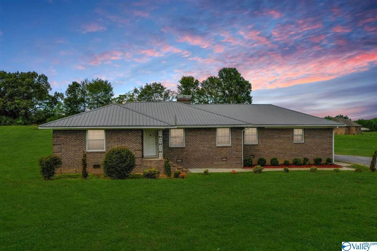 27807 Pinedale Road - Photo 1