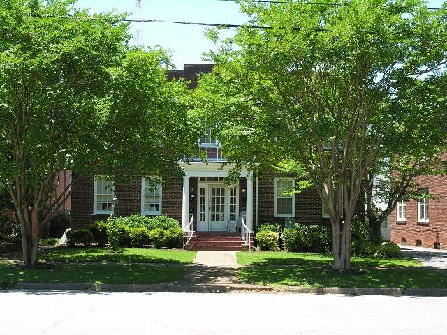 709 Oak Street, Decatur, AL 35601 (MLS #1036331) :: Amanda Howard Sotheby's International Realty