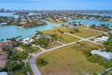 1013 Inlet Dr - Photo 4