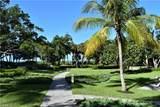 555 Park Shore Dr - Photo 32