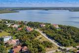 680 Inlet Dr - Photo 4