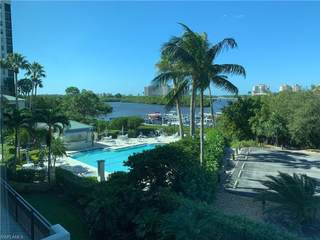 430 Cove Tower DR 304,