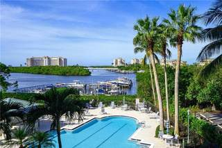 430 Cove Tower DR 302,