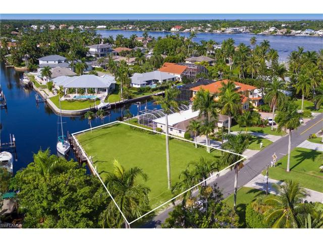 1805 Kingfish Rd, Naples, FL 34102 (MLS #217053311) :: The Naples Beach And Homes Team/MVP Realty