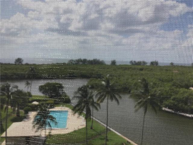 17 Bluebill Ave #705, Naples, FL 34108 (#217054089) :: Naples Luxury Real Estate Group, LLC.