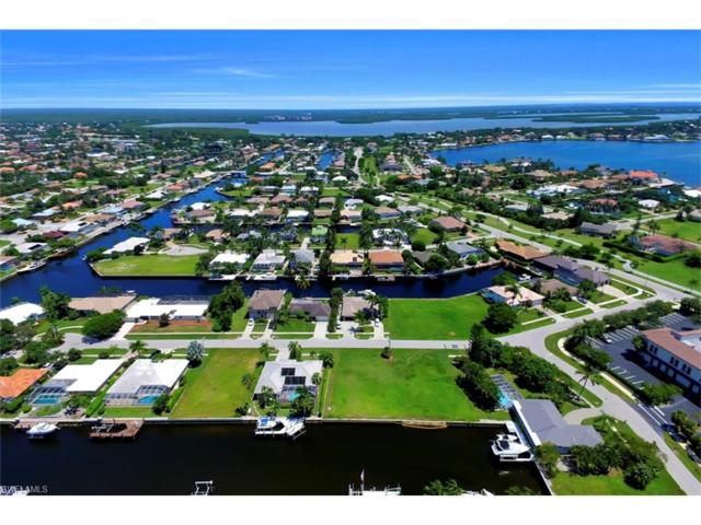 468 Barcelona Ct, Marco Island, FL 34145 (MLS #217058417) :: RE/MAX DREAM