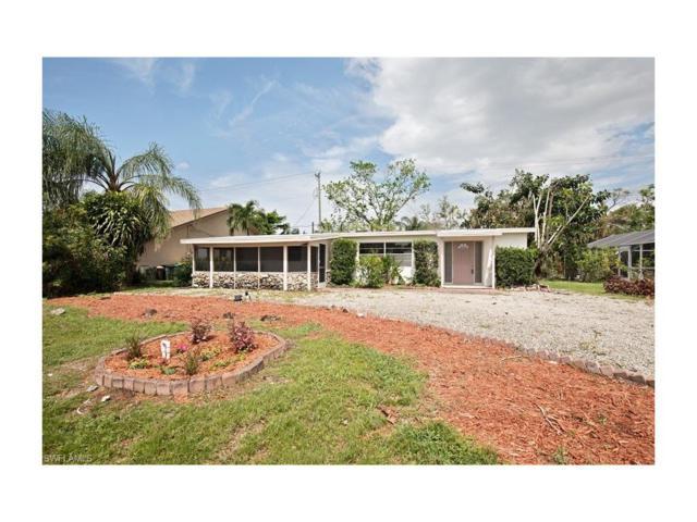 1097 Alhambra Cir N, Naples, FL 34103 (MLS #217059831) :: The New Home Spot, Inc.