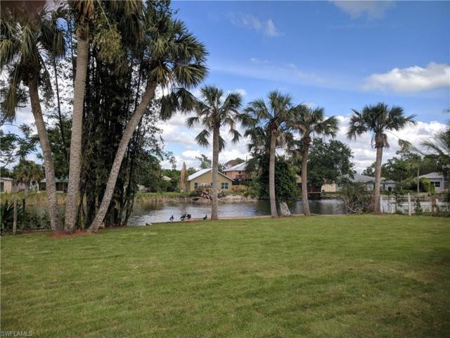 841 107th Ave N, Naples, FL 34108 (MLS #217063197) :: RE/MAX DREAM
