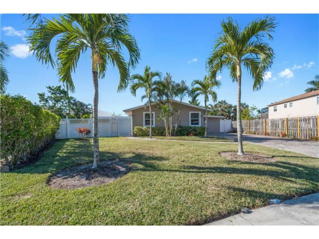 1880 Holiday Ln, Naples, FL 34104 (#217075960) :: Jason Schiering, PA