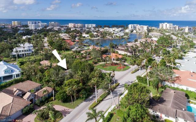 440 Mooring Line Dr, Naples, FL 34102 (#217077922) :: Naples Luxury Real Estate Group, LLC.