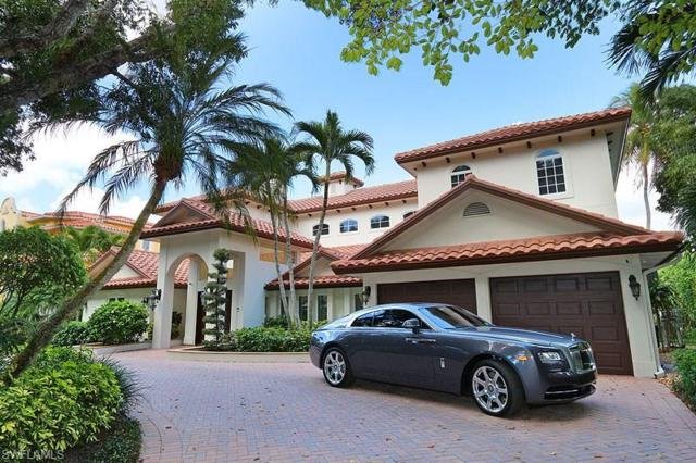 453 18th Ave S, Naples, FL 34102 (MLS #218011442) :: The New Home Spot, Inc.