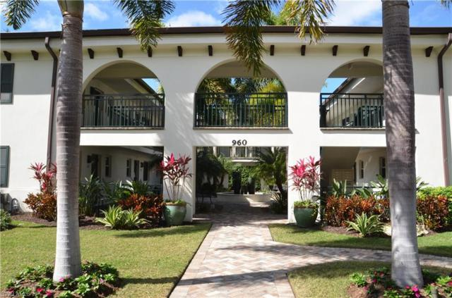 960 7th St S #101, Naples, FL 34102 (#218013935) :: Equity Realty