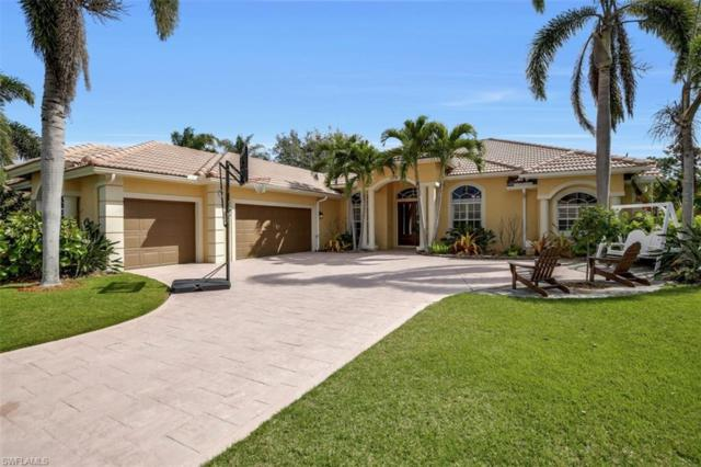 2208 Goshawk Ct, Naples, FL 34105 (#218017520) :: Equity Realty