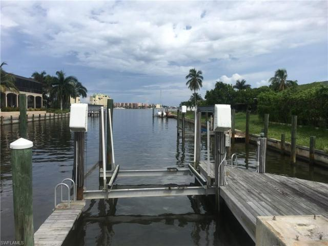 1200 Orange Ct, Marco Island, FL 34145 (MLS #218021424) :: The Naples Beach And Homes Team/MVP Realty