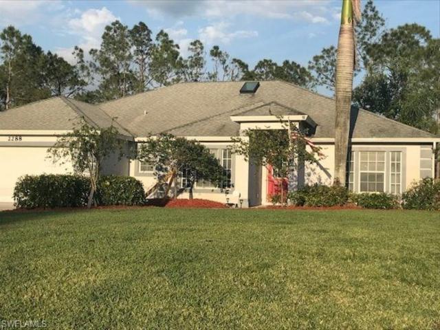 2288 Birdsong Ln, Naples, FL 34117 (MLS #218026244) :: The New Home Spot, Inc.