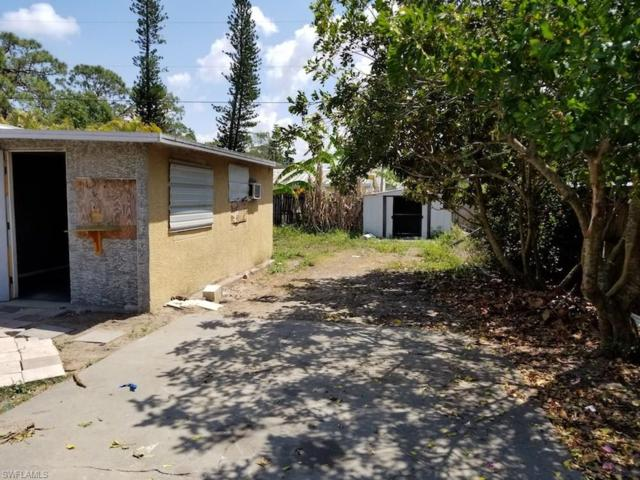 8199 Sevigny Dr, North Fort Myers, FL 33917 (#218029262) :: Equity Realty