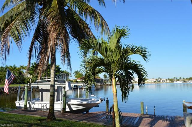 215 Cays Dr, Naples, FL 34114 (MLS #218031987) :: The New Home Spot, Inc.