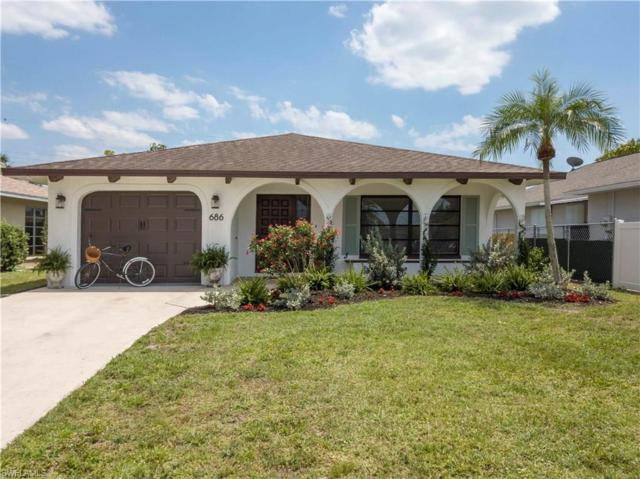 686 95th Ave N, Naples, FL 34108 (MLS #218034101) :: The New Home Spot, Inc.