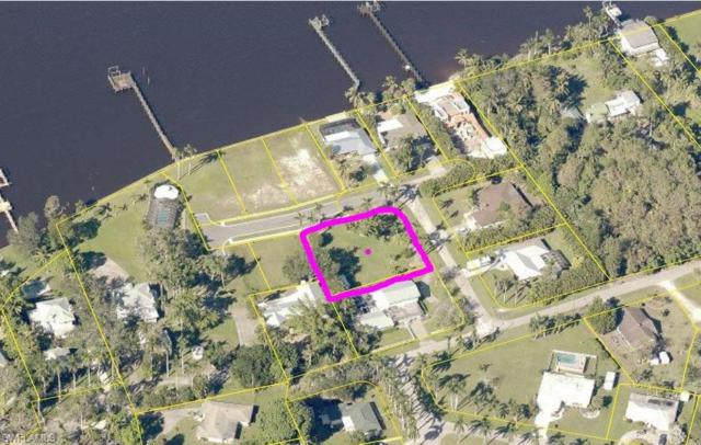 12 Live Oak Ln, Fort Myers, FL 33905 (MLS #218034915) :: The New Home Spot, Inc.