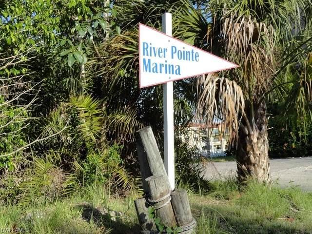 801 River Point Dr, Naples, FL 34102 (#218035273) :: Caine Premier Properties