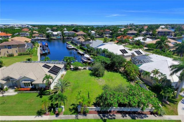 380 Cottage Ct, Marco Island, FL 34145 (MLS #218037384) :: The New Home Spot, Inc.