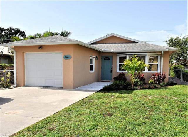 669 107th Ave N, Naples, FL 34108 (#218042994) :: Equity Realty