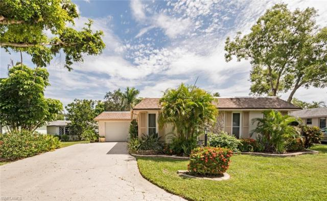 210 Lanchester Ct, Naples, FL 34112 (#218043906) :: Equity Realty