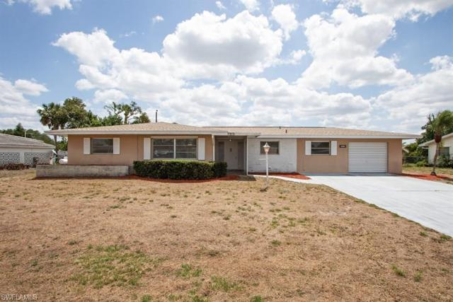 318 Hollywood St, Lehigh Acres, FL 33936 (MLS #218044711) :: Clausen Properties, Inc.