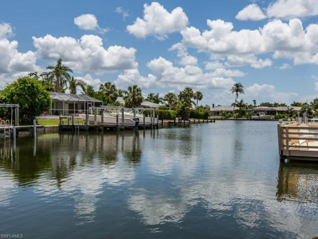 785 Willow Ct, Marco Island, FL 34145 (MLS #218046540) :: Clausen Properties, Inc.