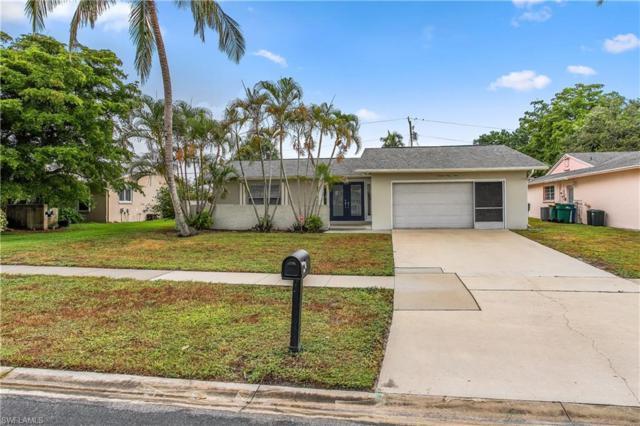 1363 Woodridge Ave, Naples, FL 34103 (MLS #218050468) :: RE/MAX DREAM